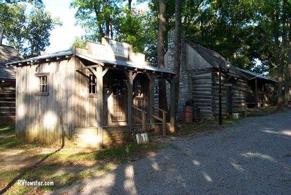 http://www.rvtowster.com/images/Nashville/n%2002%20fg%20bldgs.jpg